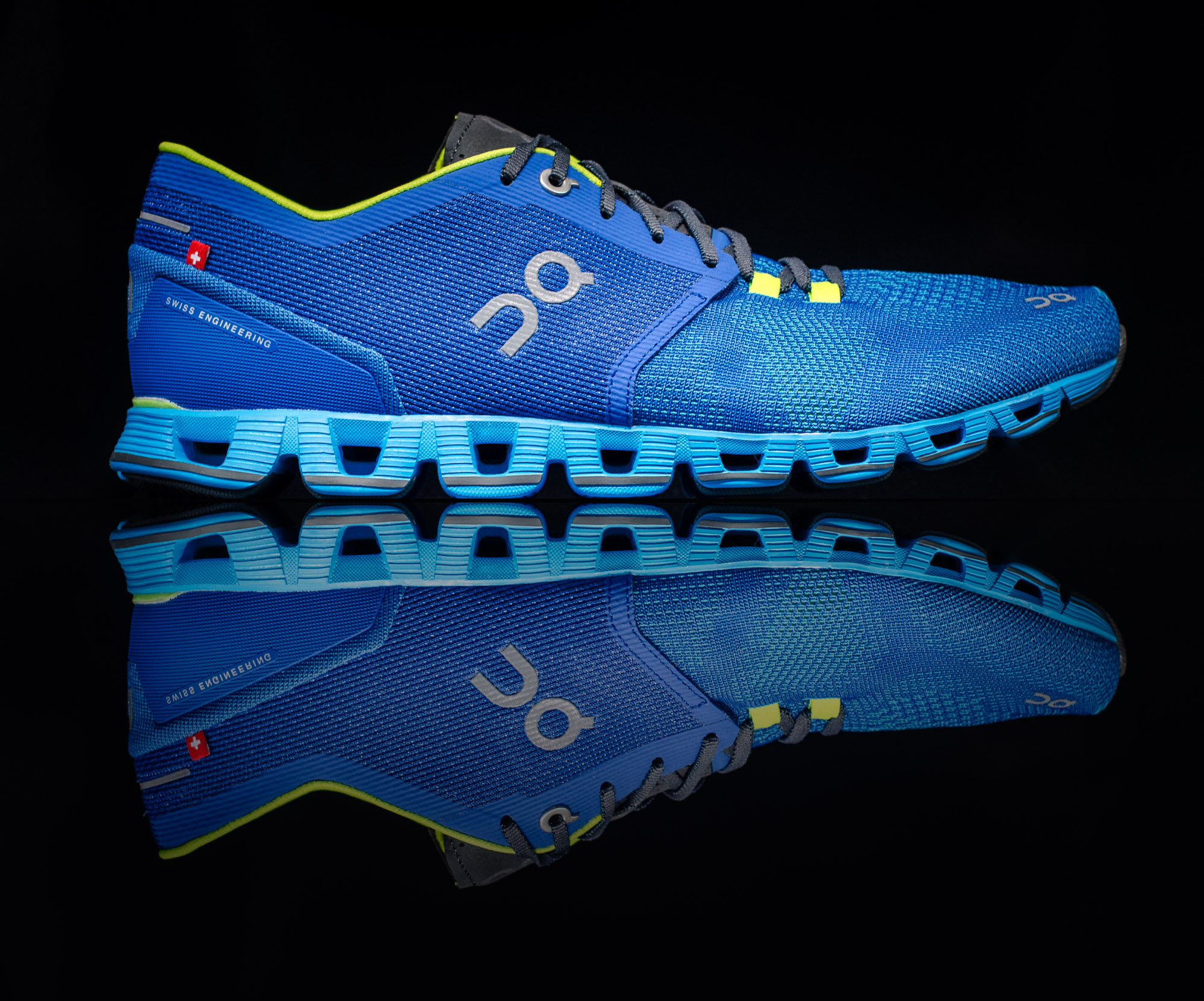 On Cloud Running Shoe - studio fotografie :: foto-rv